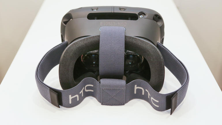 VR-гарнитура от HTC